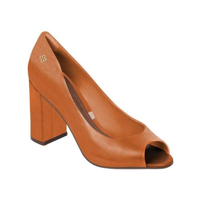 MESTICO GIORNO. camel leather
